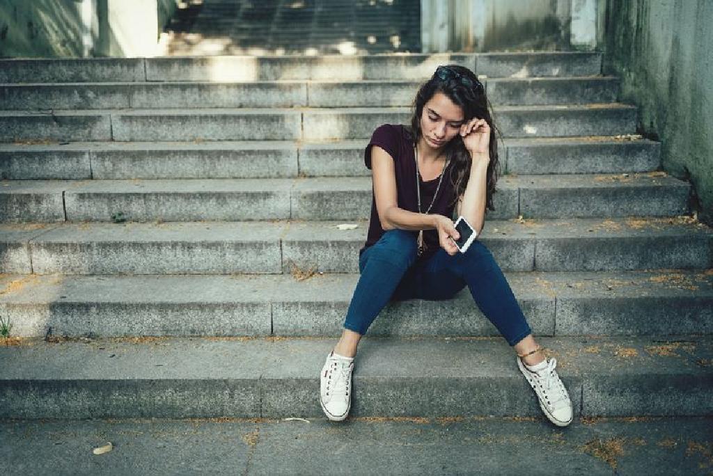 Разбирање на биполарното растројство кај тинејџерите